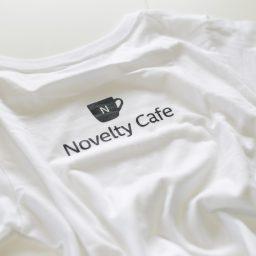 シンプルな透明dvdケースにロゴをいれました Novelty Cafe